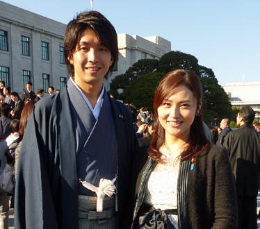 育休宣言した宮崎議員の不倫相手の宮沢麿由、前妻との離婚理由は?